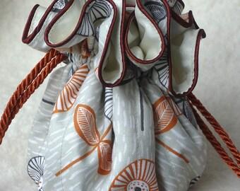 Mod Flowers Jewelry Bag, travel organizer in grey and orange
