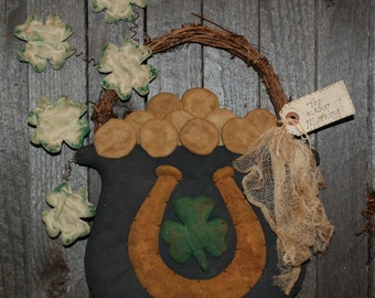 EPATTERN -- St. Patrick's Day Pot O' Gold Wall Hanging Door Greeter