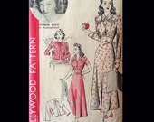 Vintage 40s Bed Jacket Inset Waist Lacy Nightgown Hollywood Wounded Bird Sewing Pattern 1028 B40