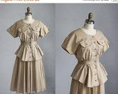 VALENTINES DAY SALE sale /// 1980s khaki tan short sleeve mid length peplum waist dress / s - m