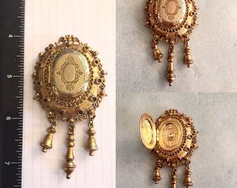 Gold locket pendant