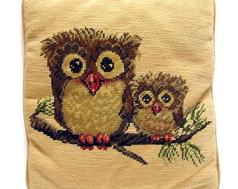 1970s Needlepoint OWL Pillow / Throw Pillow  / Square Accent Pillow