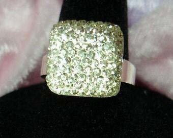 Shiny Crystal Acrylic Square Ring - R137