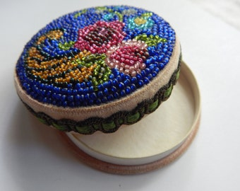 Beautifully Beaded Vintage Powder Box - Seed Beads - Vintage - Circa 1920-30