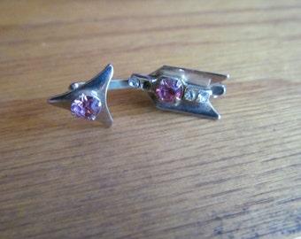 pink broken arrow tie clip