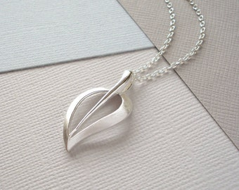 Contemporary Silver Leaf Necklace