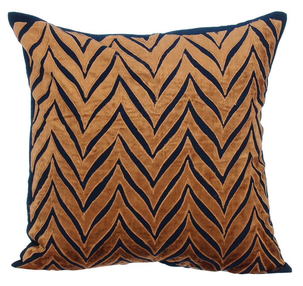 gold navy couch cushion covers 16 x 16 pillow covers navy. Black Bedroom Furniture Sets. Home Design Ideas