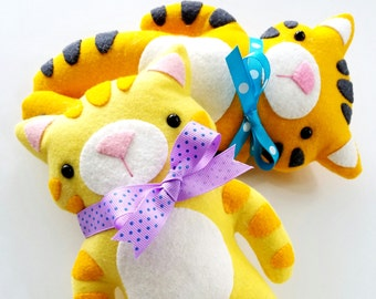 Kitty & Tiger Felt Animal Softies Sewing Pattern - Tutorial - PDF ePATTERN
