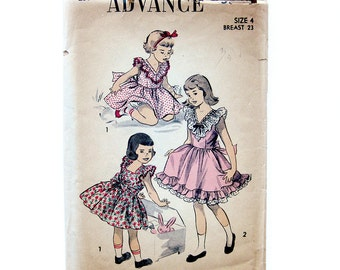 1940s Vintage Sewing Pattern - Girls Party Dress with Ruffles and Lace Trim and Panties- Advance 5543  / Size 4 Breast 23