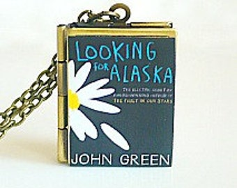 Looking For Alaska, John Green, Young Adult Reader, New York Times Best Seller, American Fiction, Book Locket Necklace