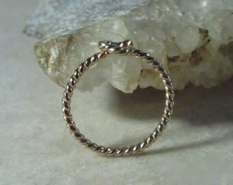 Hoop Earrings Gold Dotted Twist SINGLE - Cartilage Hoop, Daith Hoop, Rook Hoop, Snug Hoop, Helix Hoop, Tragus Hoop, Orbital Hoop, 20 Gauge