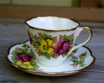 Salishbury Teacup and Saucer Pansy