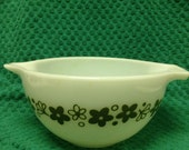 Pyrex Spring Blossom Mixing Bowl 441 1 1/2 Pint