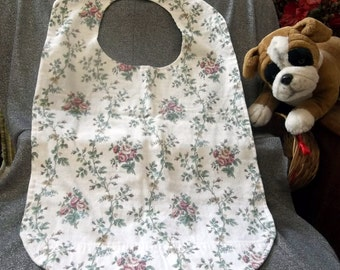 Senior Reversible Dining Bib, Old Fashioned Rose Bunches Print