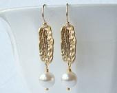 Pearl Drop Earrings, Wedding Jewelry, Bridesmaid Gift, Pearl Earrings, Pearl Jewelry