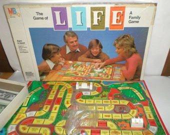 Vintage Life Game - The Game Of Life - 1979 Milton Bradley Board Game - Cars, People, Money, Spinner, Game Board - Complete Board Game