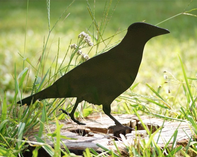 Crow Yard Art, Outdoor Raven - Lawn Ornament for your Garden