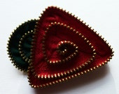 Red and Green Geometric Flower Floral Brooch / Zipper Pin with Brass Teeth by ZipPinning - 2684