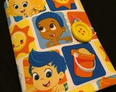 Coloring Wallet - Bubble Guppies, Crayons and Paper Included