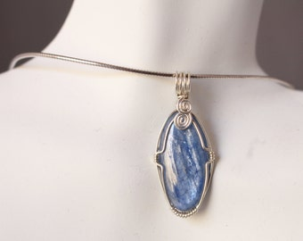 Wire-wrapped Kyanite Pendant G322