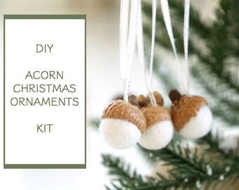 Needle Felting Kit Beginner - Felted Acorn Ornament Kit - Wool Acorn Decoration Kit - Waldorf Craft Kit - DIY Craft Kit - Children - Kids