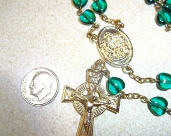 Rosary,GLASS  Emerald color Heart Beads, Silvertone metal, Excellent condition, Christian