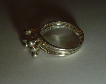 Silver ring modernist ball and prong sterling vintage size US 7.5 UK P