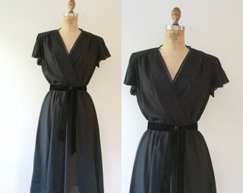 vintage wrap dress / LBD / Lace & Flutter dress