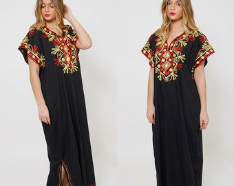 Vintage 70s EMBROIDERED Caftan ETHNIC Boho Caftan HIPPIE Maxi Dress Black Cotton Tent Dress