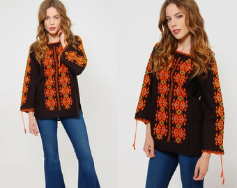 Vintage 70s EMBROIDERED Peasant Top Black Cotton Hungarian Floral HAND STITCHED Boho Tunic Hippie Blouse Gypsy Tunic