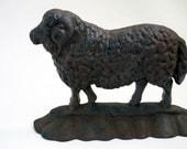 Vintage cast iron sheep doorstop