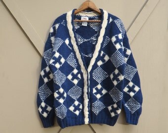 80s/90s vintage Marsh Landing Navy Blue and White Patterned Shetland Wool Cardigan Sweater