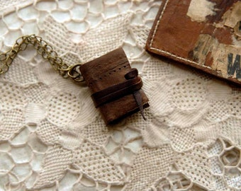 The Archaeologist - Miniature Wearable Book