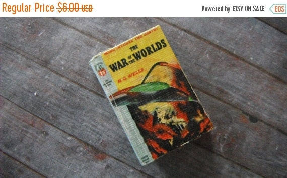 ON SALE Miniature Book --- War of the Worlds