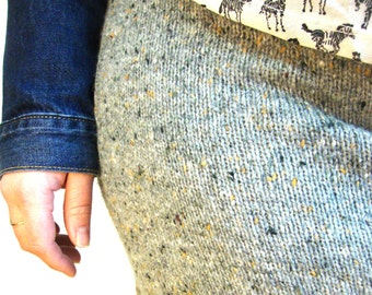 80s grey knit sweater skirt / stretchy / large