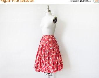 50% OFF SALE 50s floral skirt, vintage 1950s floral print skirt, full cotton skirt, 22 w