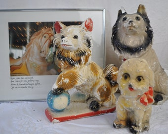 Three Carnival Chalkware Dogs/Vintage 1940s/Chippy Shabby Chic