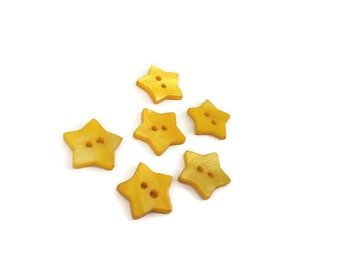 Mother of Pearl Shell Buttons 15mm - set of 6 yellow star buttons  (BN652A)