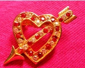 60%OFF Arrow Love Heart Brooch, red clear stones pin