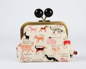 Metal frame coin purse with color bobble - Dogs in pink - Color dad / Japanese fabric / Red peach brown black