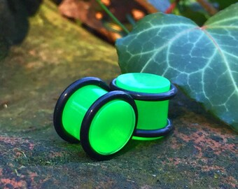 7/16 Plugs, Lime Green, Expanded Earwear, 11mm