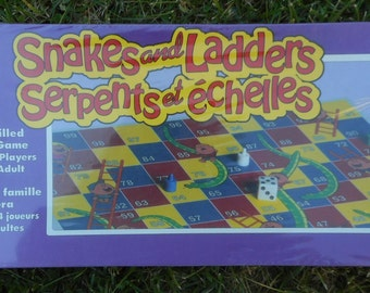 Vintage Board Game (Snakes and Ladders [aka Serpents et echelles in French])