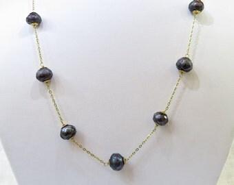 Vintage 14k Gold Black Pearl Necklace