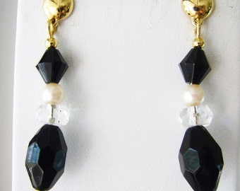 SALE- Vintage 80s long gold, black and white pearl beaded earrings with jewel accents (Q)