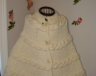 CHRISTMAS IN JULY 10% Off Brand New Knit Ivory Winter poncho, wedding poncho, Ivory Chunky Poncho Cape - Will fit from xs to xlarge  size