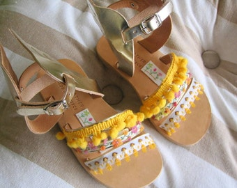 """Sandals for kids with wings Gold / Baby sandals/ Natural Greek Leather sandals / Slingback Slides/Strap Sandals - """"Bumblebee"""""""