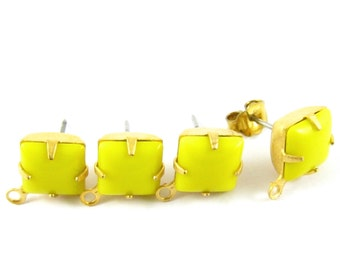 2 pcs - Gold Plated Vintage Glass Stone Earring Posts Loop Ear Studs Earring Finding Square 8x8mm - Opaque Yellow