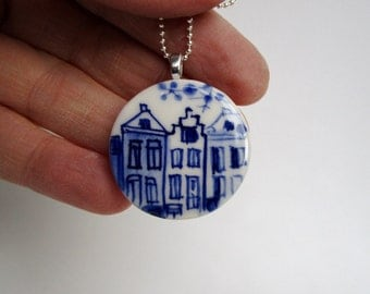 Dutch houses pendant necklace - Hand made and hand painted porcelain Dutch Blue Delftware necklace