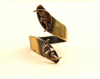 Moon Ring Gold, Brass Moon Ring, Brass Ring, Moon Ring, Twist Ring, Thumb Ring, Adjustable Ring, Gold Moon Ring