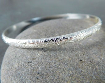 Nature Inspired Bangle, Flower & Leaf Pattern Stacking Bracelet, 4mm Wide Sterling Silver Bracelet, Boho Jewelry, Patterned Bangle Bracelet